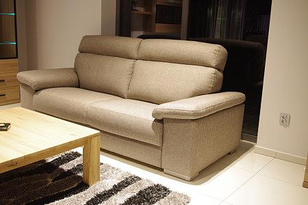 savoy sofa w salonie