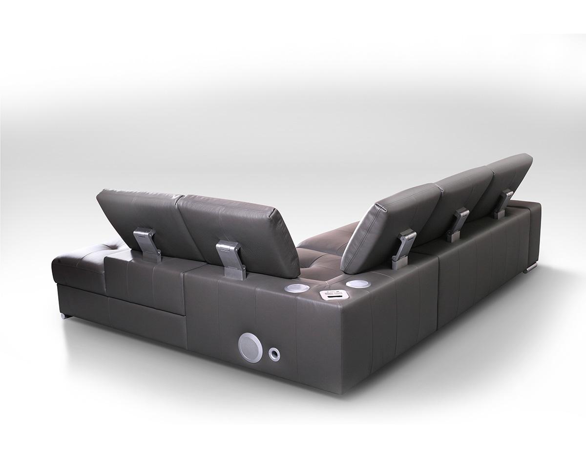 sofa multimedialna z głośnikami