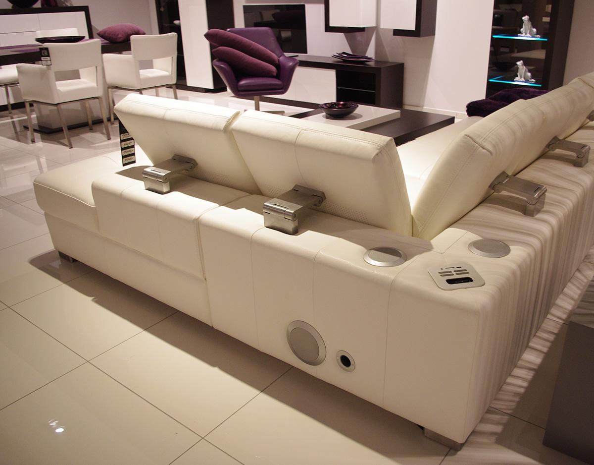 system audio sofa narożnik biała skóra zagłówki