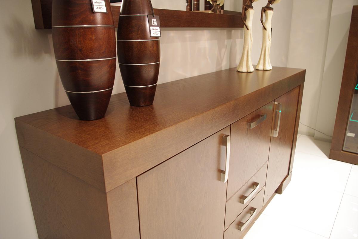 barcelona komoda dębowa okleinowana wazony brązowe