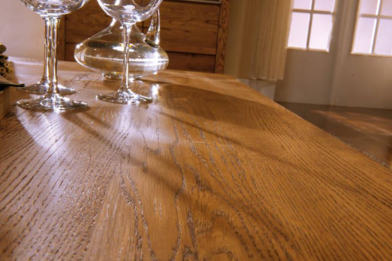 orlando stół z kieliszkami