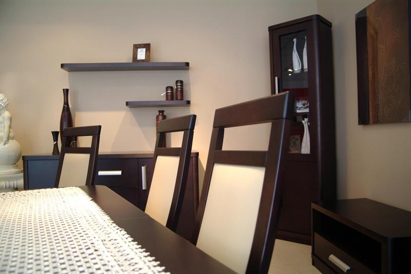 sara białe oparcia krzeseł dębowych okleinowanych