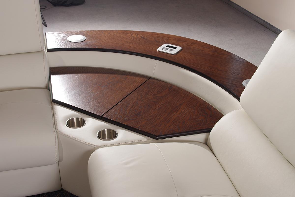 barek w sofie wbudowany w rogu