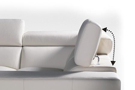 biała sofa regulowany zagłówek