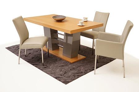 Carla1 aranżacja stołu z krzesłani do nowoczesnej jadalni salonu