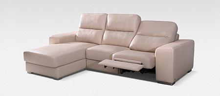 ciemno kremowa sofa z funkcją relaksu