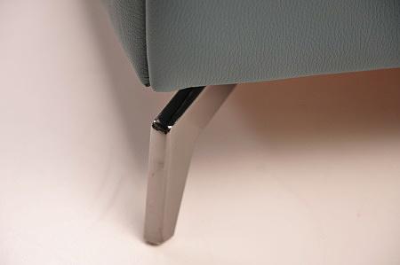 delikatna nóżka metalowa łóżko na wysokich nogach nowoczesne oryginalne design nowość 2020 skóra