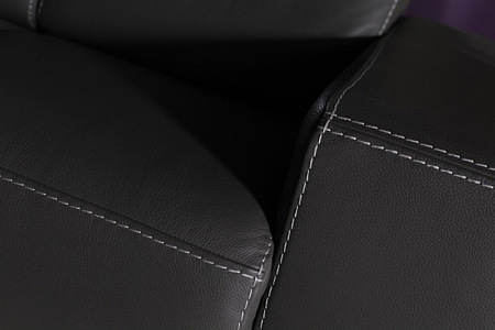 Domino - sofa szycie grubą nicią skóra