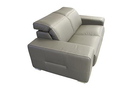 Domino - szara sofa skórzana z regulowanymi zagłówkami, które można położyć na oparciu, przeszycie grubą nicią