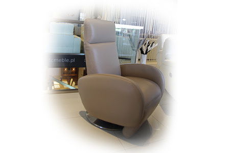 Fotel z funkcją relax