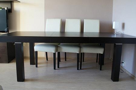 kalifornia stół okleinowany dąb krzesła tapicerowane