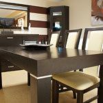 Milano2 krzesła drewniane oparcia skórzane