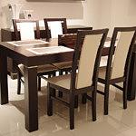 milano2 stół z krzesłami drewnianymi