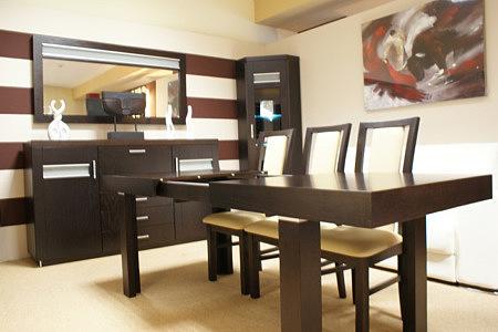 monaco stół do salonu ciemny białe krzesła