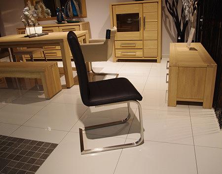 Nuvo krzesło metalowe nogi