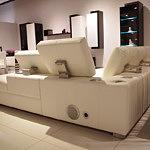 onex sofa skórzana z systemem audio