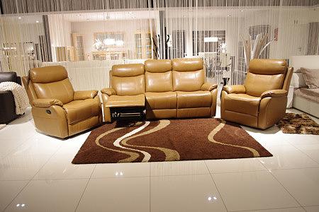 relax brązowa skórzana sofz z funkcją relax