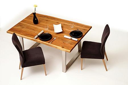 Roums pomysł aranżacja nowoczesnego salonu z meblami metalowymi