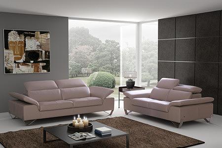 sofa skórzana za zagłówkami z regulacją