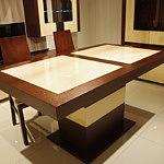 tau nowoczesny stół ze szkłem