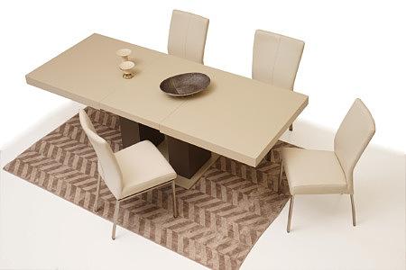 Tau2 aranżacja inspiracja jadalni nowoczesnego salonu stół krzesła