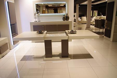 tau2 biały rozkładany stół do salonu