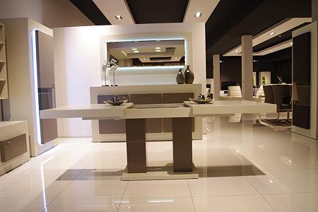 tau2 biały stół do salonu lakierowany