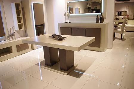 tau2 biały stół lakierowany na wysoki połysk