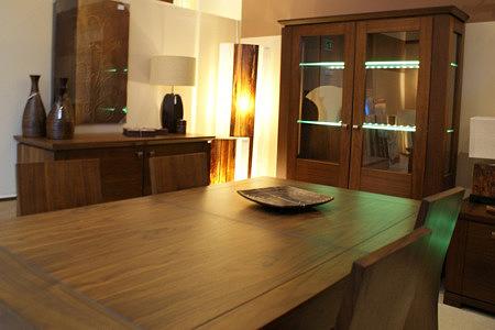 Cassetti stół okleina orzech amerykański