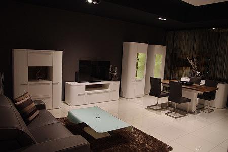 Delta komplet mebli do nowoczesnego salonu białe narożniki gładkie