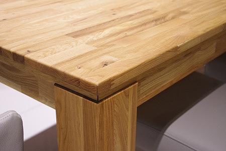faro detal stołu w okleinie z olchy