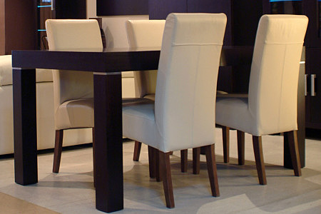 Kalifornia krzesła białe skórzane stół dębowy