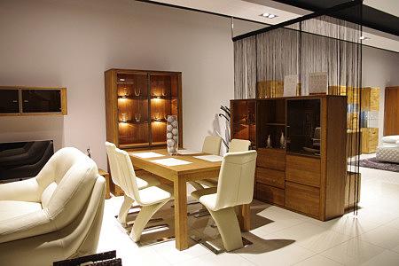 orlando komplet mebli do salonu stół ze skórzanymi krzesłami