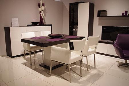 rodos stół z białą stopą krzesła białe metalowe nogi