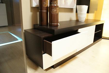 rodos stolik pod telewizor białe fronty szuflad