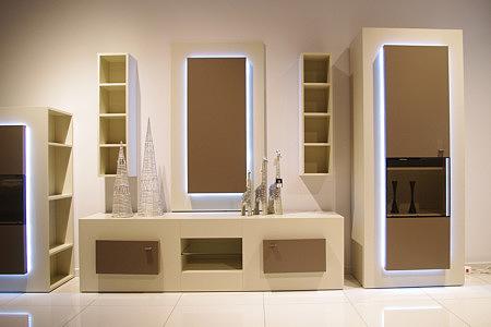 sevilla zestaw białych mebli szafka rtv witryna lustro