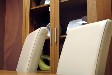 tosca skórzane krzesła w kolorze białym
