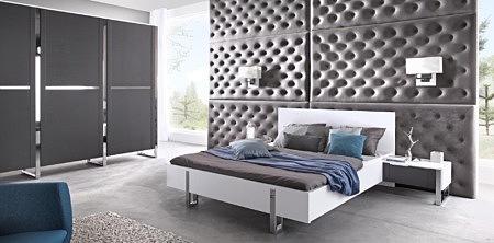artvision komplet mebli do sypialni szara ściana białe łóżko szara szafa