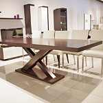 Duży stół rozkładany do jadalni