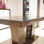 nowoczesny stół na kolumnie z funkcją rozkładania