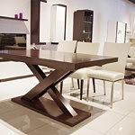 stół dębowy z możliwością rozkładania do nowoczesnej jadalni