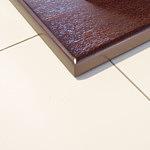 stopa stołu z jedną kolumną