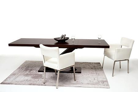 Tytus aranżacja inspiracja pomysł na stół w jadalni białe krzesła