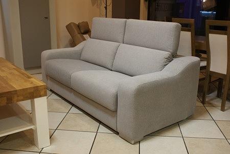 sofa z materiału