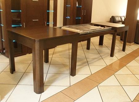Stabilny nowoczesny stół
