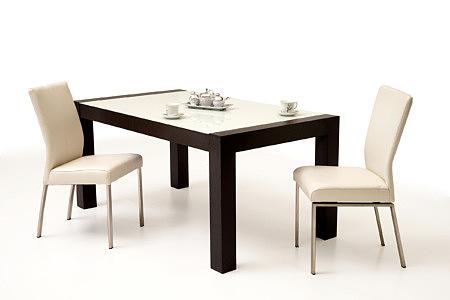 Barcelona aranżacja stołu z białym blatem szklanym i białych krzeseł