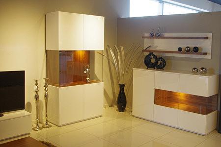 Kolekcja salon Zeus pokój dzienny nowoczesne białe meble lakierowane na wysoki połysk