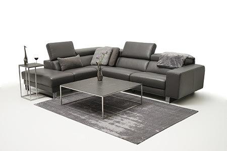 Bugamo2 pomysl na oryginalną aranżację salonu z nowoczesną sofą