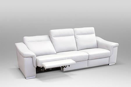 Biała wygodna sofa z relaxem, 3-osobowa sofa klasy premium