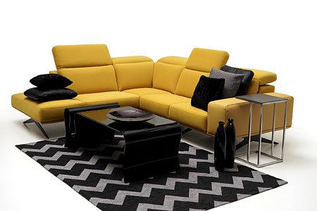 Giotto żółta sofa pomysł inspiracja arnżacji wnętrza nowoczesnego salonu
